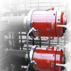 Cilindros hidráulicos con tuerca de seguridad para pretensado de puentes. 500 Tm.