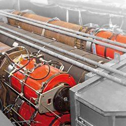 Equipo hidráulico para ensayos de 2.000 Tm.