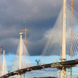 Puente de Edimburgo. Grandes Cilindros Hidráulicos