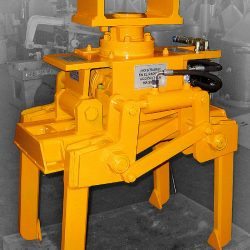 Automatic railway track balast tamping machine