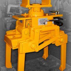 Automatic railway track balast tamping machine